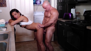 Big boobs female Alexis Rain creampied