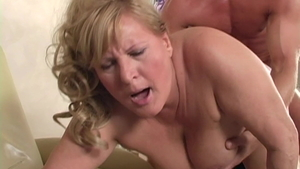 Hairy & young cougar Lotta Noletty striptease