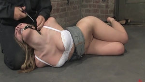 Babe Annette Schwarz feels the need for tied up