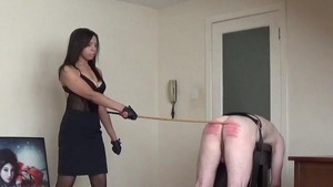 Dominatrix wants pussy sex