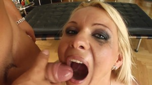 Hungarian ass to mouth in HD