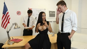 Threeway in company with russian babe Crystal Rush