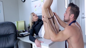 Raw sloppy fucking with Indian MILF India Summer in office