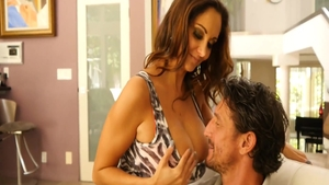 Very hawt Ava Addams feels the need for sex