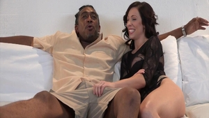 Sexy Harlow Harrison finds irresistible nailing