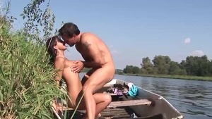 Shaved deutsch amateur blowjob outdoors in HD