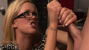 Rough nailing starring Katie Kox and Katie Morgan