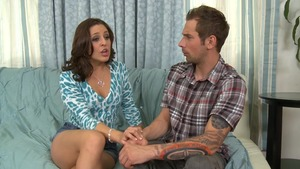 Glamour girlfriend Gracie Glam feels in need of hard ramming