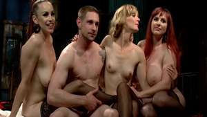 Mona Wales & huge boobs bitch Mz Berlin group sex scene