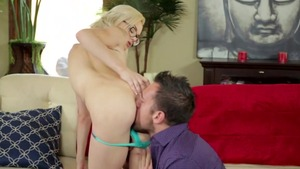 Cum on face porno with very small tits hardcore Elsa Jean
