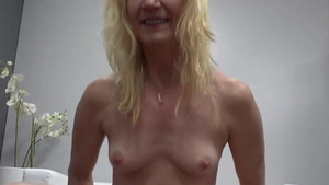 Small tits granny raw cock sucking at casting HD