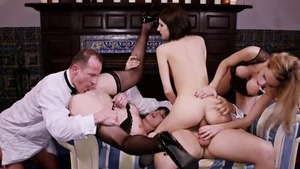 Ava Courcelles as well as Erica Fontes group sex