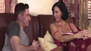 Brad Knight together with big boobs stepmother Veronica Avluv