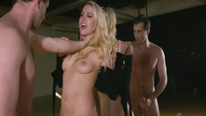 Mia Malkova & James Deen pussy eating