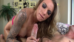 Juelz Ventura is shaved MILF