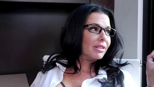 Veronica Avluv is really classy babe