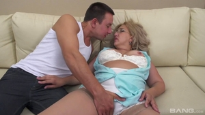 Swallow along with hairy pussy granny