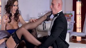 Rough the best sex escorted by hawt stepmom Dolly Diore