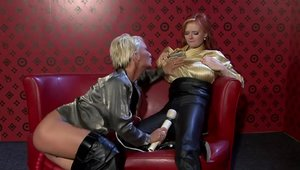 Pearl Diamond playing with sex toys sex tape