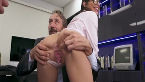 Chick Steve Holmes along with super cute Emily Willis