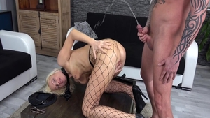 Passionate babe Vanessa Hell hardcore squirting in HD