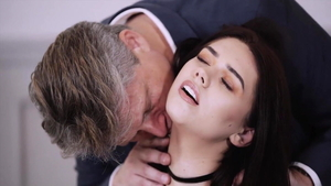 Young girl Effie Diaz really likes nailed rough in HD