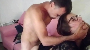 Doggy in the company of amateur
