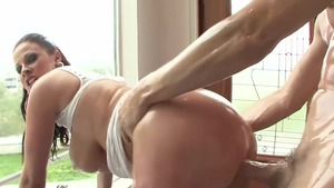 Busty Gianna Michaels wishes for good fuck
