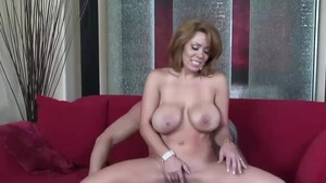 Busty latina mature likes the best sex