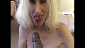 Super sexy and thick cougar rough interracial sex